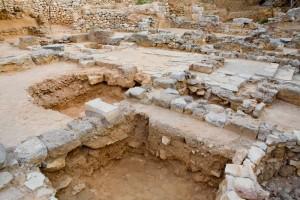 Chania Bike Tours-Minoan Settlement of Kastelli